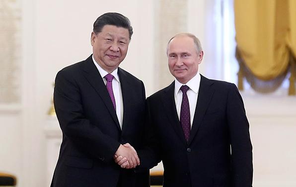 习近平同普京举行会谈