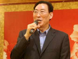 陈淑汉纪实文学《第一书记》首发式在临沂市陶然居大酒店举行